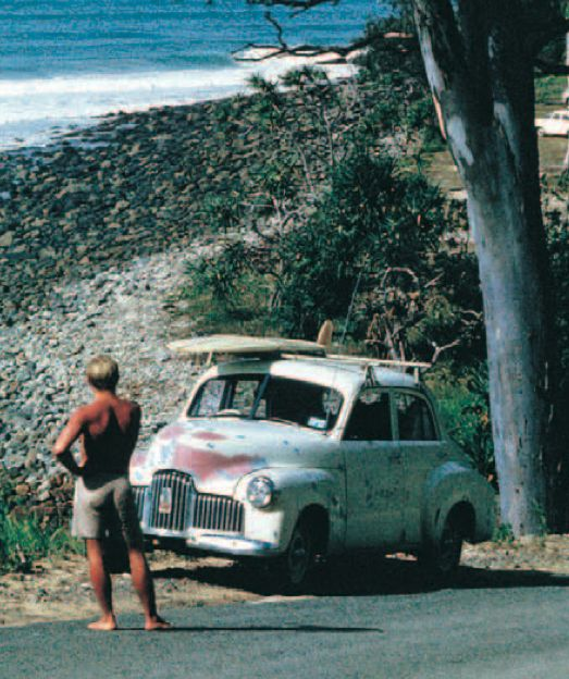 Almost looks like how I remember Noosa, Queensland, Australia in younger years. Love to know where this pic was taken. Really takes me back........