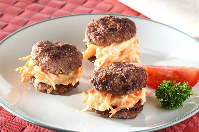 Bekal Si Kecil Besok Jadi Spesial Banget Dengan Resep Daging Burger Panggang Ala Rumahan Ini Resepnya Enak Dan Sederhana Resep Resep Daging Burger