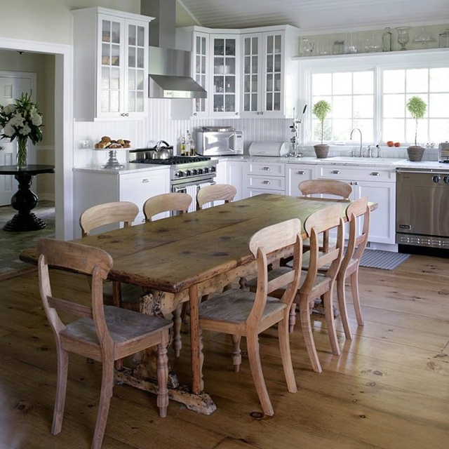 :  Boards, Rustic Table, Mabley Handler, White Kitchens Cabinets, Kitchens Tables, Houses Ideas, Wood Tables, Farmhouse Tables, Dining Tables
