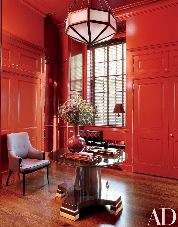 Steven Gambrel Revitalizes a Georgian Style Mansion in