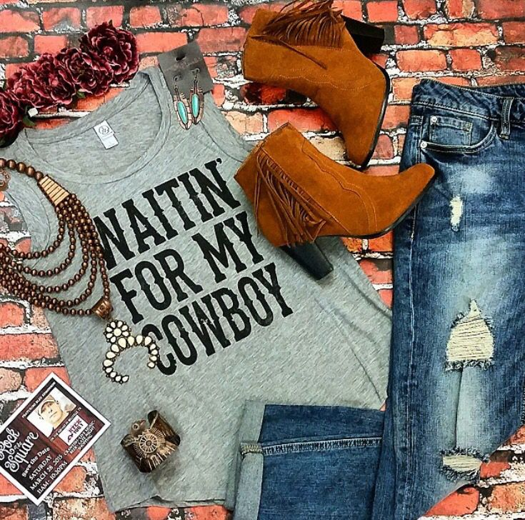 #OOTD Southern Trends designed Waitin' For My Cowboy tank, Copper Squash Blossom, Kensie Boyfriend Jeans and Fringe Booties are the perfect outfit for a spring festival!!