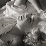 Jean Harlow by George Hurrell...love the old Hollywood glamour photography