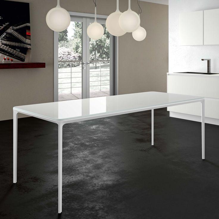 Tavolo con gambe sottili Slim 200/260