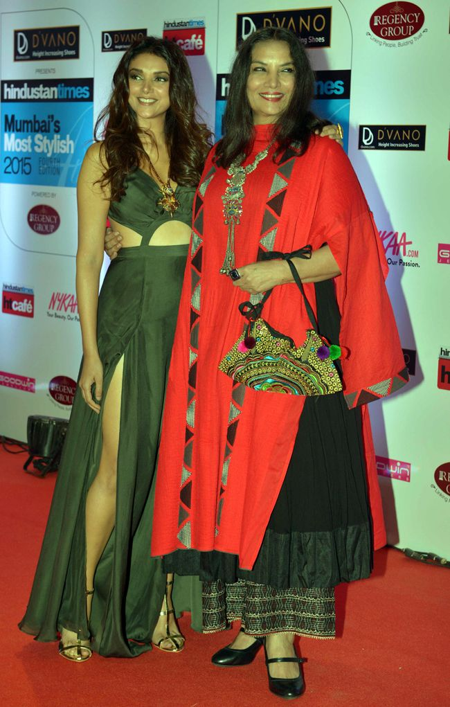 Aditi Rao Hydari and Shabani Azmi at the HT Style Awards 2015.