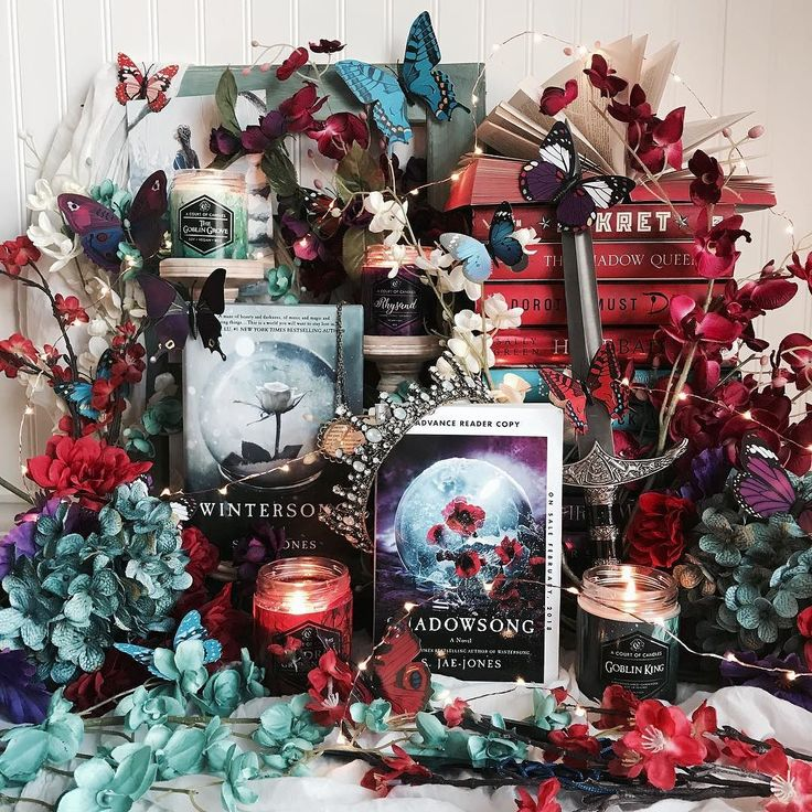 Who else is dying for Shadowsong by @sjaejones to release??? . I read Wintersong for the first time last month (yes I know Im a little behind the times) and seriously loved it and was so excited when the wonderful people at @wednesdaybooks offered to send me a copy!!! I plan to read it very soon and I will be writing a mini review of my thoughts! . Luckily for all of you Shadowsong will be releasing on Feb 6th so you dont have very long to wait!!!! . The stunning candles featured are all…