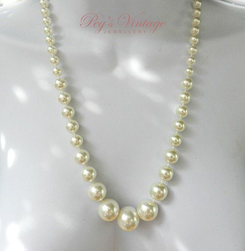Vintage Ivory Faux Pearl Bead Necklace / Single Strand