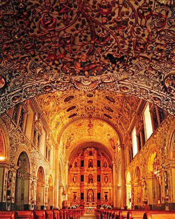Hermosa la Catedral en Santo Domingo, R. D. mi país!!!
