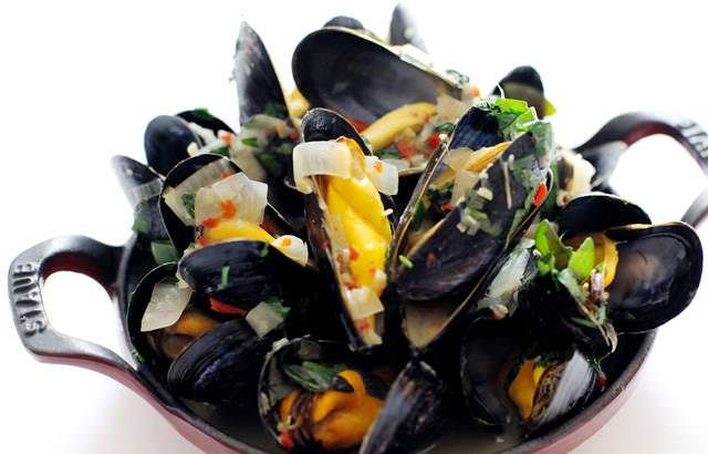 Paul Ainsworth's recipe for mussel broth uses basil and kaffir lime leaves for a deliciously fresh taste. Use the freshest mussels for this broth recipe.