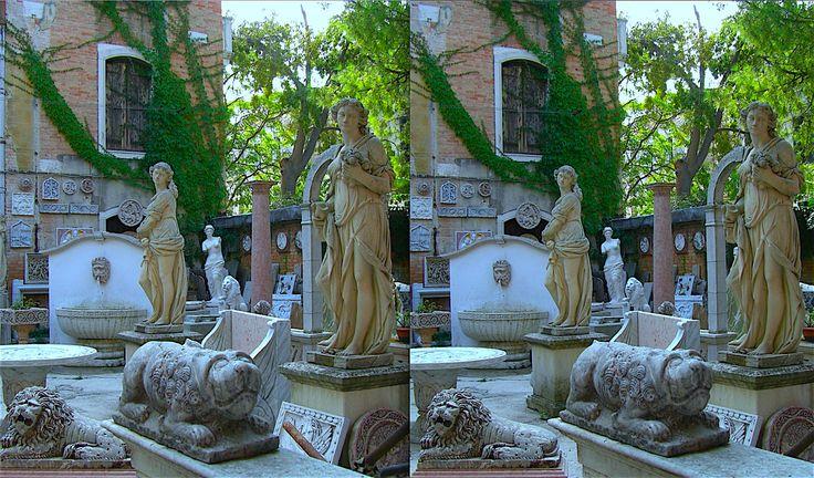 Pi di 25 fantastiche idee su statue da giardino su - Statue da giardino in resina ...