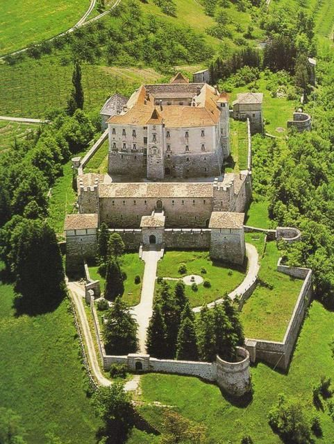 Thun Castle, Italy