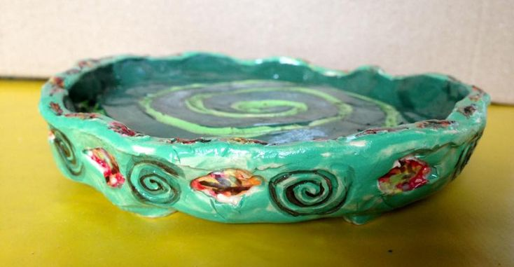 Saucer edge - leaves & swirls. 2017 - KN Made at Julian Jardine's beginners clay workshop - Perth.