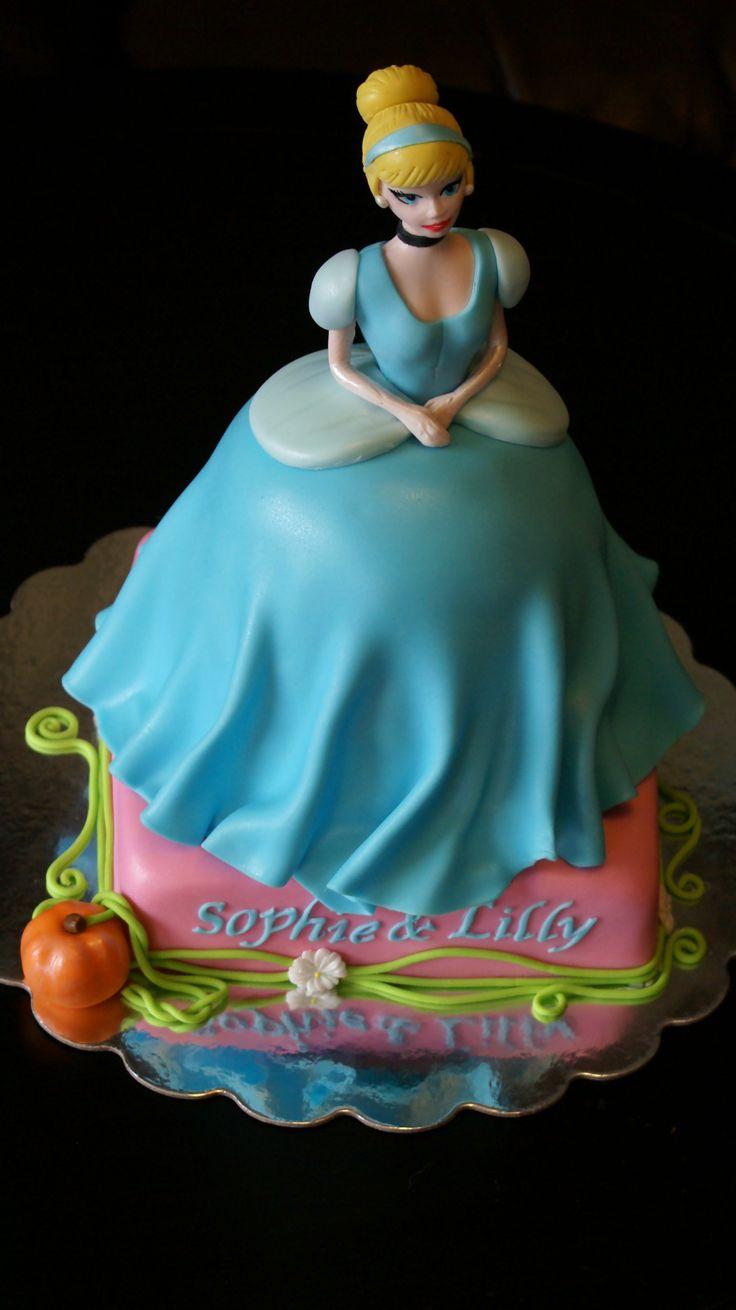All Edible Cinderella Cake!