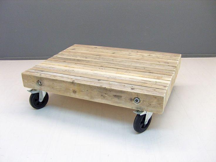 Salontafel van balken op zijn kant (190920131120)   TV meubels & Salontafels   JORG`S Houten Meubelen