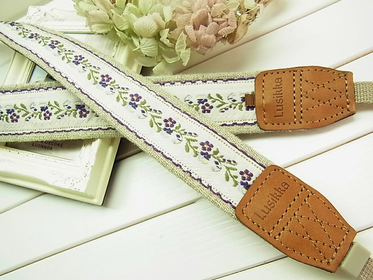Lusikka linen and flower tyrol camera strap