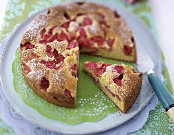 Unser beliebtes Rezept für Erdbeer-Rhabarber-Joghurtkuchen und mehr als 55.000 weitere kostenlose Rezepte auf LECKER.de.
