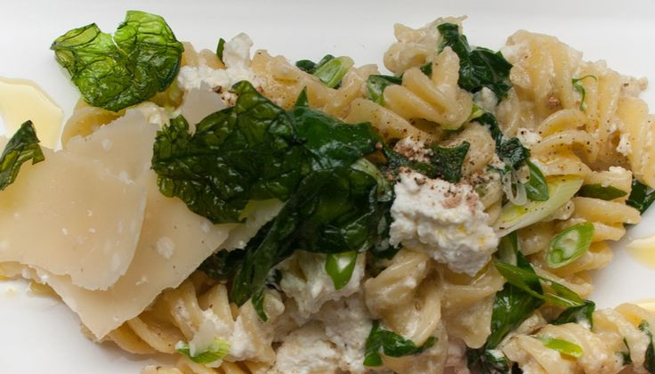 Fusilli with Spinach and Ricotta makes a great meal for Spring! http://gustotv.com/recipes/lunch/fusilli-spinach-ricotta/