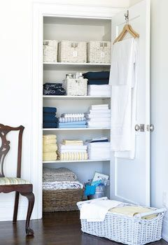 Style At Home: 12 steps to an organized linen closet. Includes a shopping list for linens. Love the big basket!!