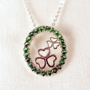 This Erin Go Bragh necklace is a true Irish charmer. The meaning of phrase Erin Go Bragh comes from a Gaelic saying to pledge allegiance to ...