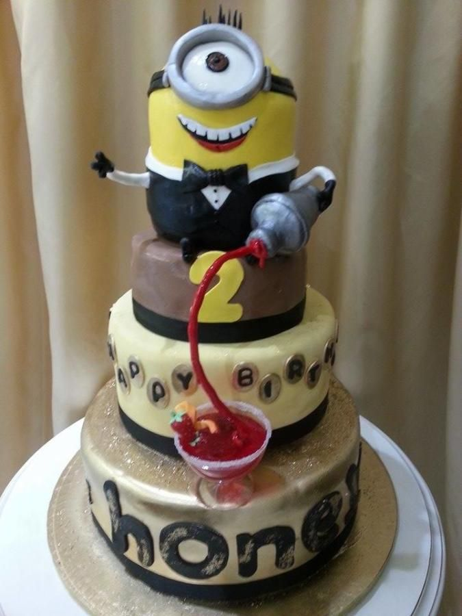 MINION BARTENDER-GRAVITY CAKE - Cake by Christina Papadopoulou