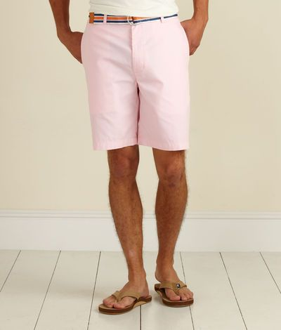 Pantalones cortos de color rosa claro. (Light pink shorts.)