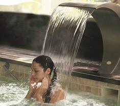 Relájate en Lanjarón http://www.chollovacaciones.com/CHOLLOCNT/ES/chollo-hotel-balneario-de-lanjaron-oferta.html