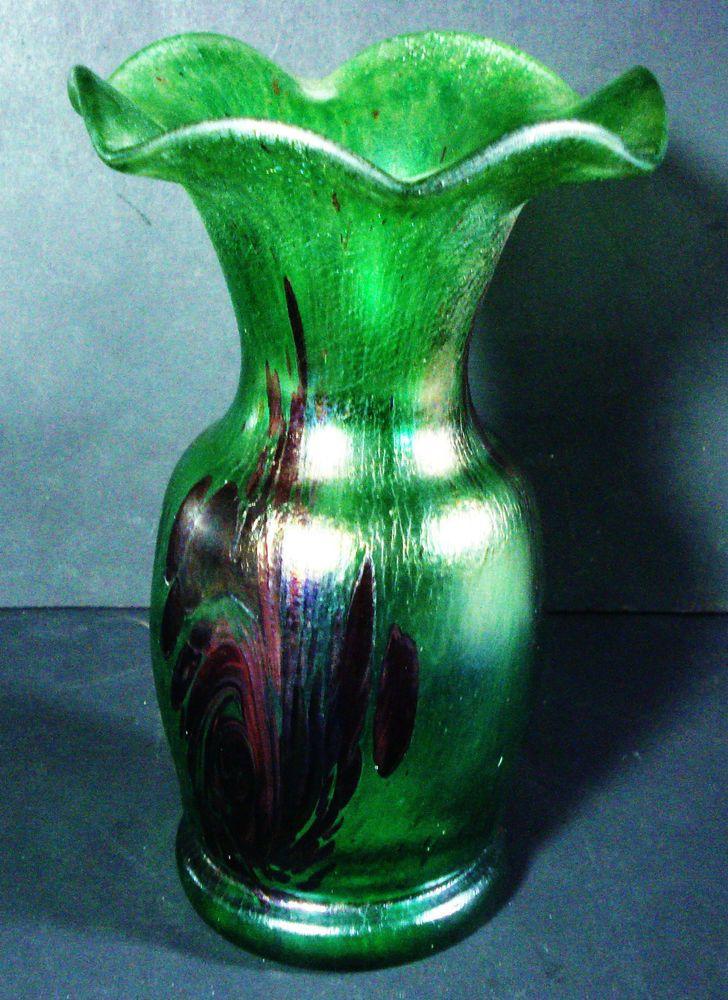 Vase Jugendstil, signiert, irisierendes Glas