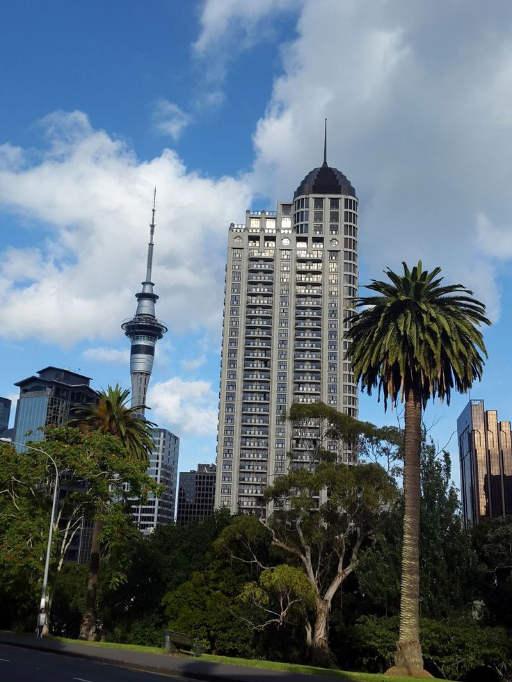 Morning in Auckland, New Zealand (Bowen Ave) - by KaVa