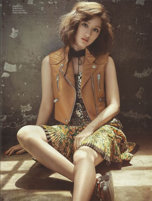 """One of my favorite actors from """"Descendants Of The Sun"""", Kim Ji Wonis not only on the cover of the July 2016 issue of Sure, she also had a huge spread inside! I finally found all the i…"""