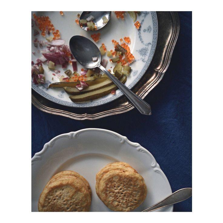 Gluten free blinis. Recipe on blog www.gretchengretchen.com
