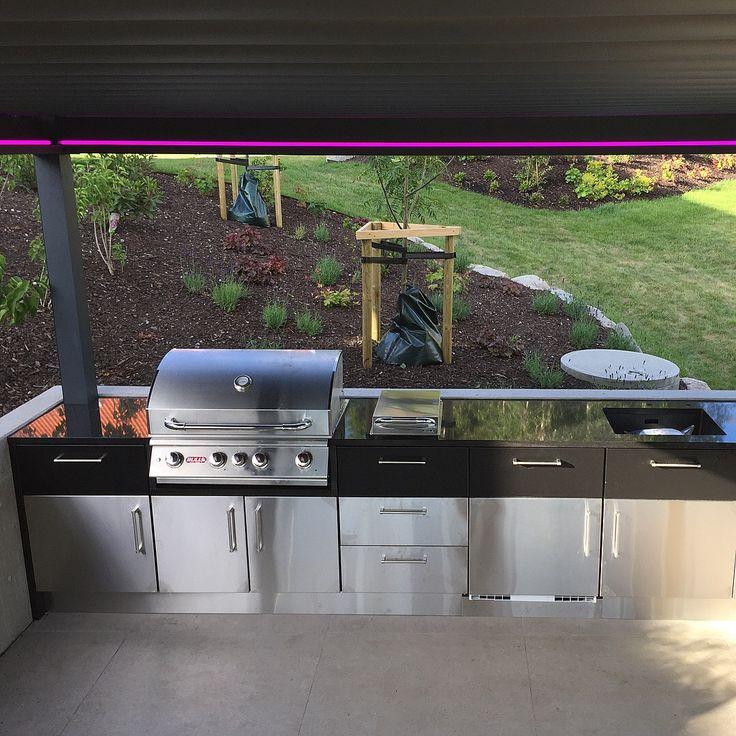 Levert av Lenngren Naturstein - Utekjøkken inspirasjon | Granitt Benkeplate | Nero Assoluto - Outdoor kitchen ideas | Design | Granite Countertop | Nero Assoluto