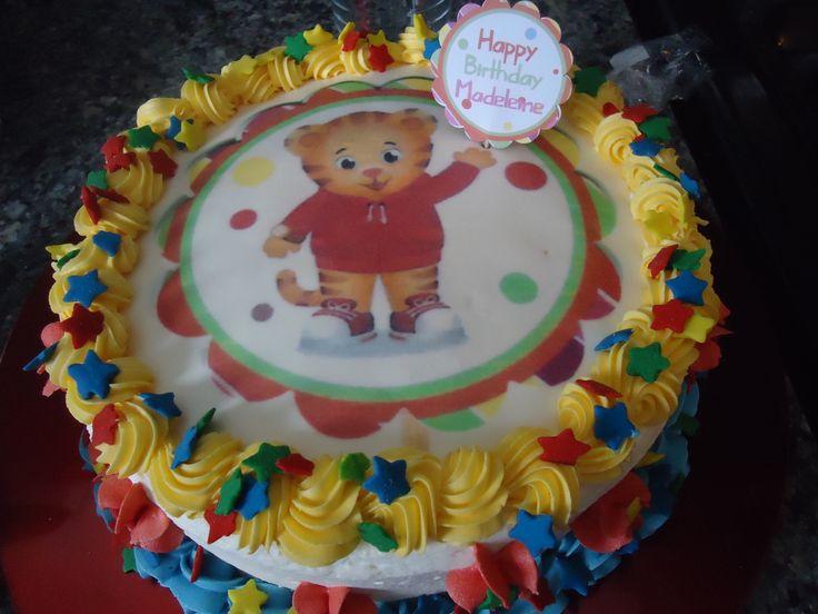 Birthday Cake Images For Daniel : Pi? di 25 fantastiche idee su Compleanno Di Daniel Tiger ...