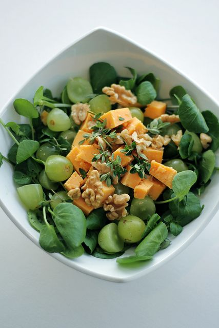 Grapes, Red Leicester cheese and Watercress Salad