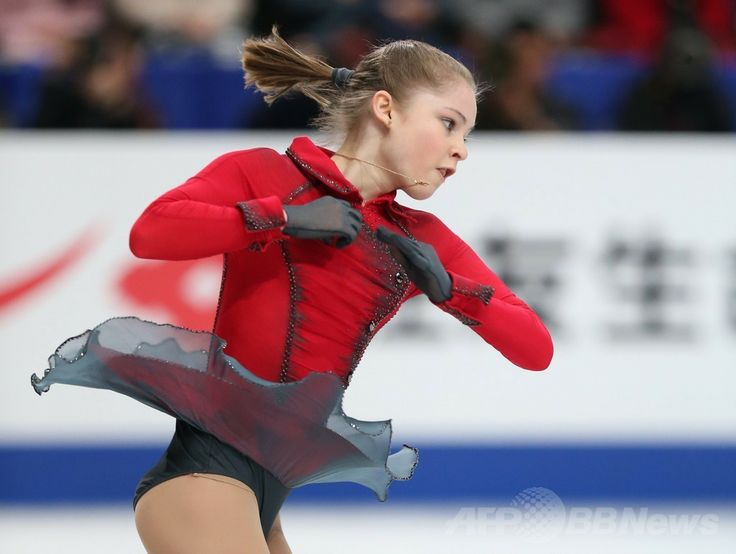女子シングル総合2位のリプニツカヤ、世界フィギュア 国際ニュース:AFPBB News