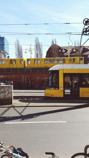 Daily traffic in #Berlin. You can reach nearly every point in the city with public transport.