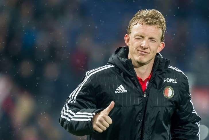 Dirk Kuyt heeft aangegeven dat hij zijn actieve loopbaan nog niet wil afsluiten en is met Feyenoord in gesprek over een verlenging van zijn aflopende contract.
