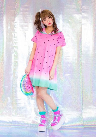 Watermelon long t-shirt with hood - love this idea