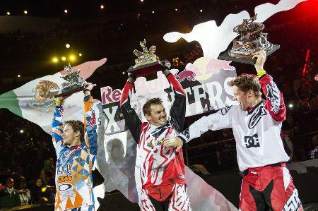 Clinton Moore v Mexiku vyhrál první #XFighters v kariéře. Druhé místo obsadil Levi Sherwood a třetí Tom Pages  http://extrememag.cz/clinton-moore-ovladl-red-bull-x-fighters-v-mexiku/