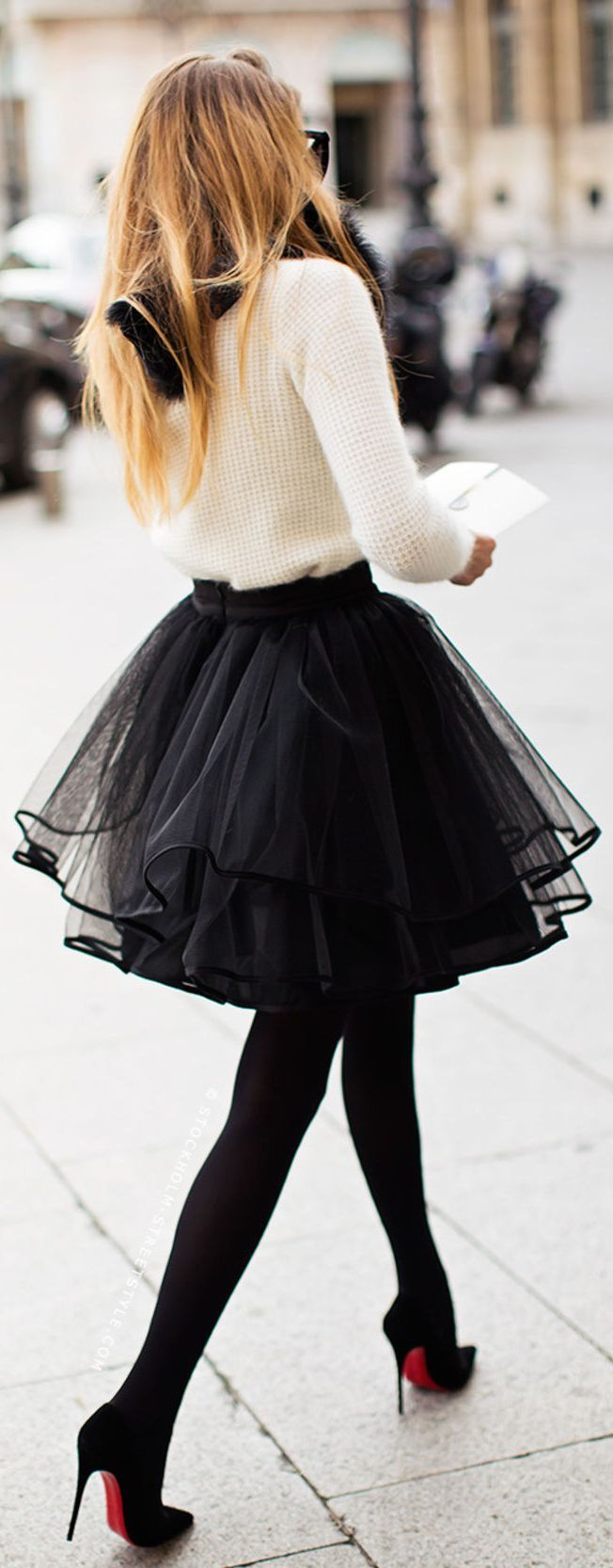 Winter Urban Chic Women Fashion Streetstyle - Black and White Stylish Cocktail Outfit, Black faux fur scarf, White Fluffy Cropped Sweater, Black Chiffon Tulle Mini Skirt, Black OPaque Tights, Black Louboutin Pigalle Pumps