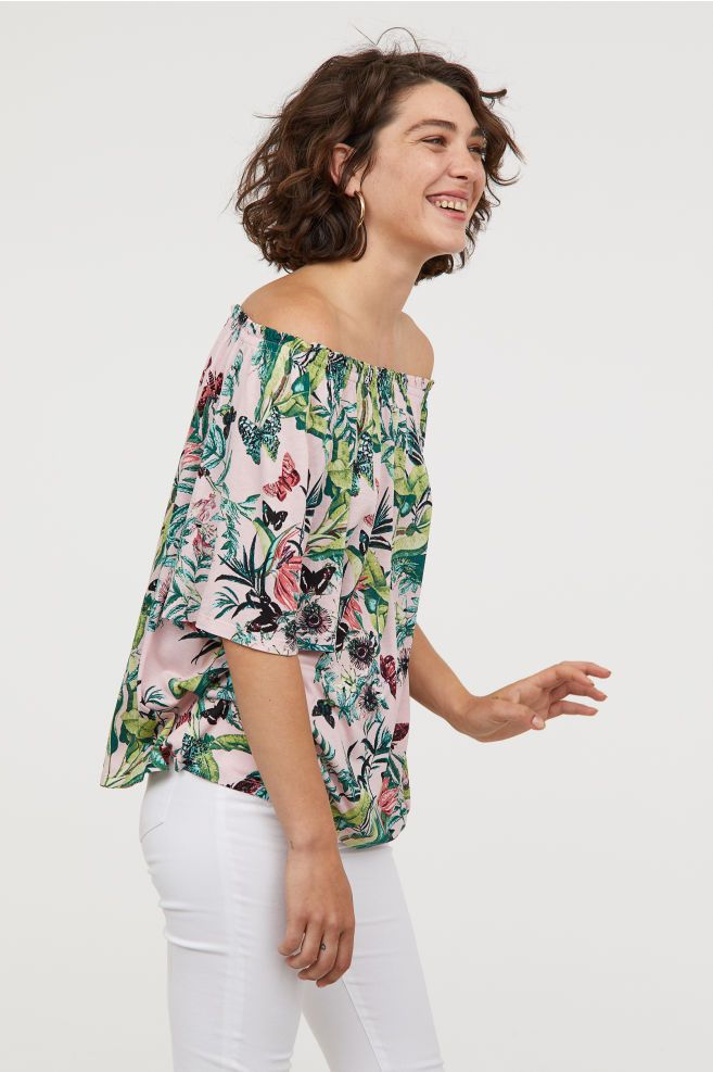 08778ae629d Off-the-shoulder Top | fair skin colors | Tops, Floral tops, Going ...