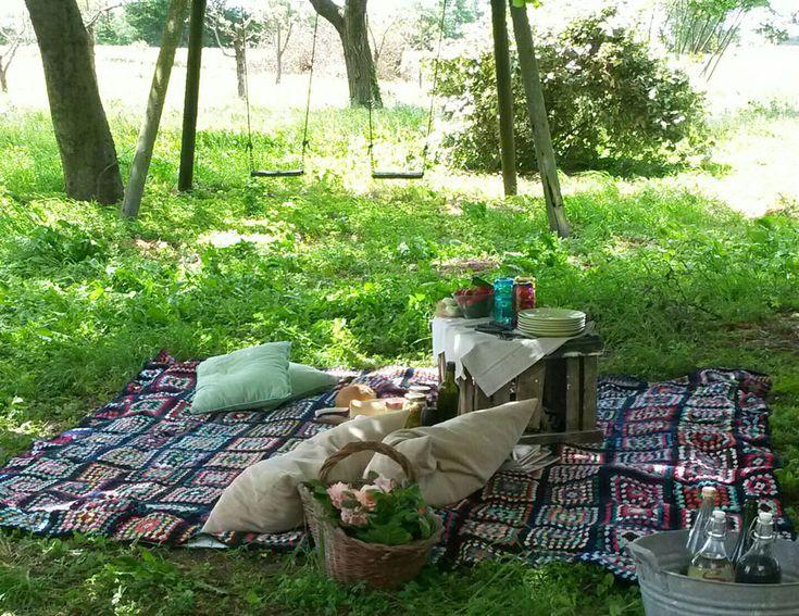 Buon Primo Maggio. Seminala, picnic.