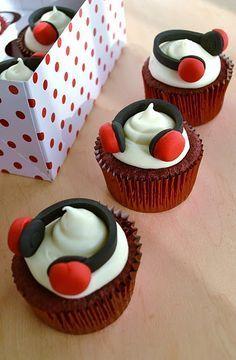 Red Velvet Cupcakes with fondant headphones - cute!
