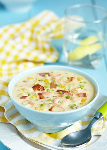 Sopa de batata com milho, bacon e aipo