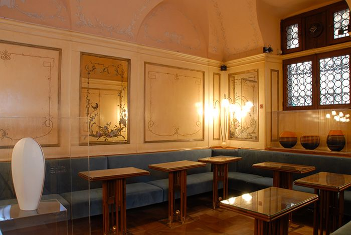 Liberty Room - Sala Liberty | Caffè #Florian a #Venezia San Marco - Florian #cafè in #Venice Saint Mark #travel #travelinspiration  #italy #italia #veneto #instaitalia #italianalluretravel #lonelyplanetitalia #lonelyplanet