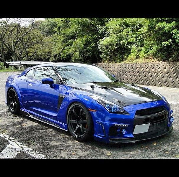#Nissan GTR great paint job