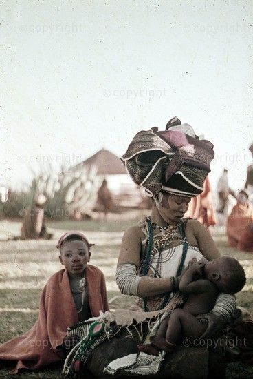 ღღ Africa | Thembu mother and child at intonjane.  Chris Hani District, Transkei, South Africa.  1962 |  Piper Collection