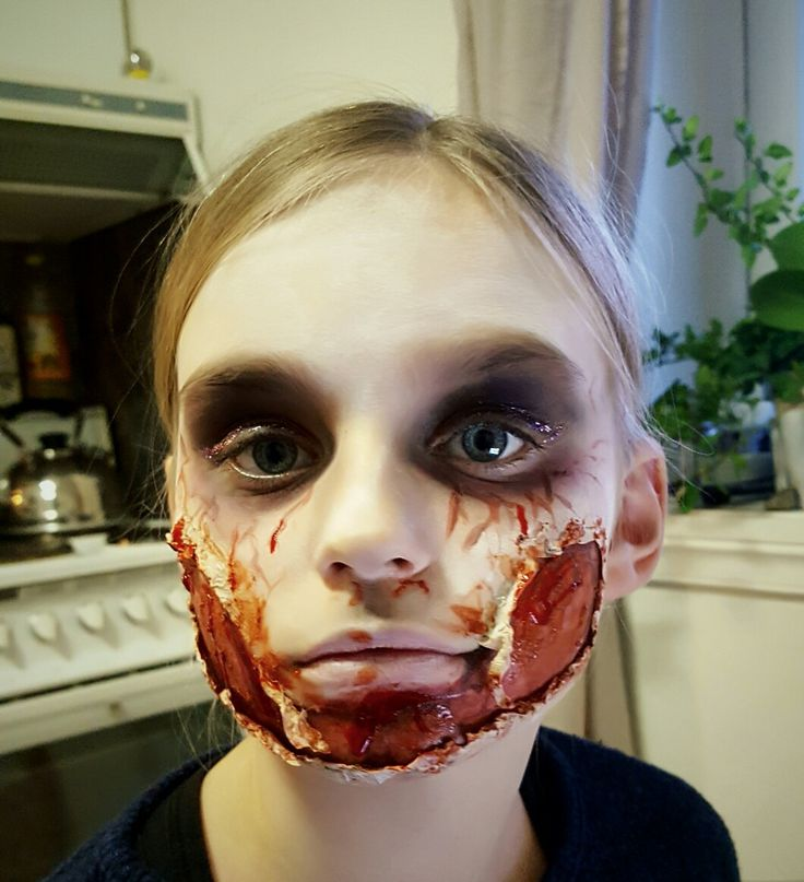 Zombie wound Halloween makeup by kerstin