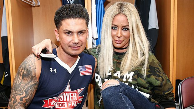 Pauly D & Aubrey O'Day Allegedly Break Up For Second Time 'For Good' — What Went Wrong? https://tmbw.news/pauly-d-aubrey-oday-allegedly-break-up-for-second-time-for-good-what-went-wrong  DJ Pauly D and Aubrey O'Day have reportedly broken up for the second time, and he allegedly did the dumping. A new report says this time, they're allegedly over for good.After over a year of dating, Jersey Shore star DJ Pauly D, 36, and girlfriend Aubrey O'Day, 33, are allegedly over. Pauly reportedly…
