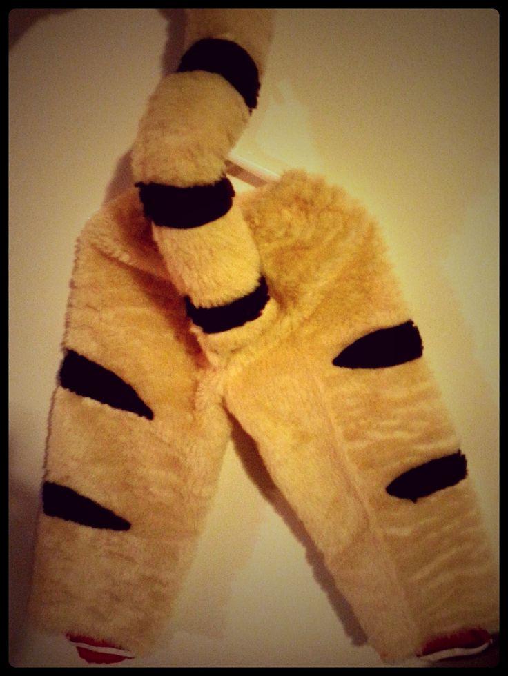 daniel tiger tail                                                       …