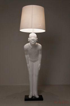 Kare M Nchen Wohn Gegen Den Strom M Bel Leuchten