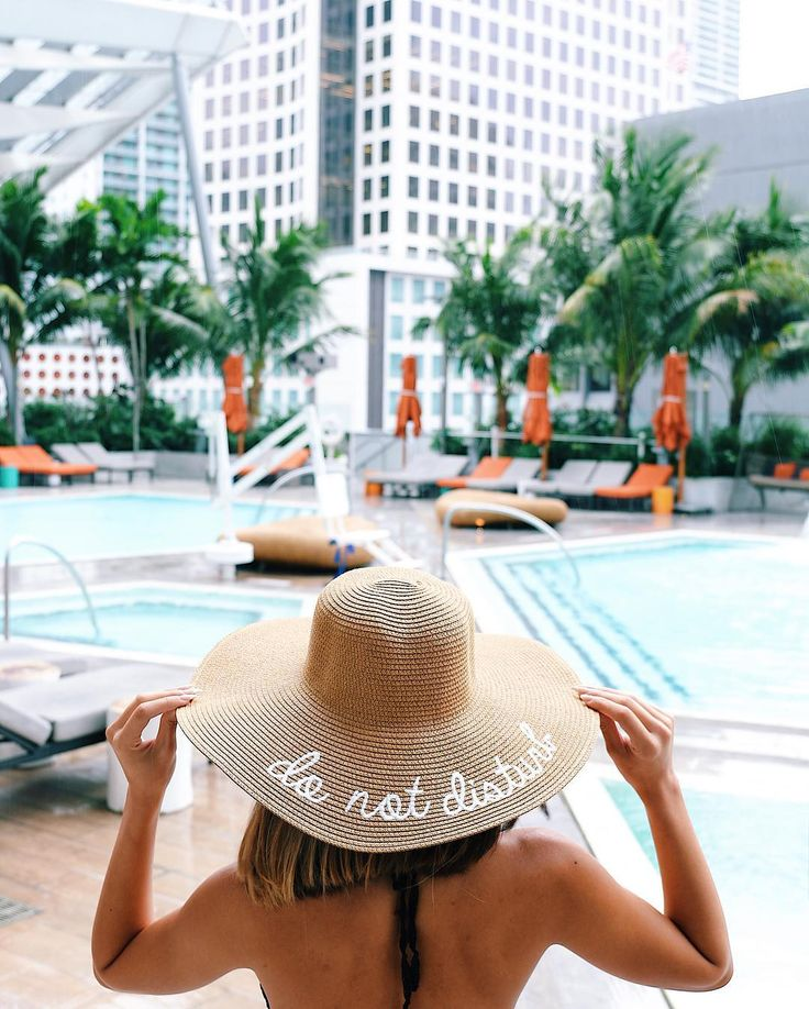The Most Instagrammable Spots in Miami - The Everygirl